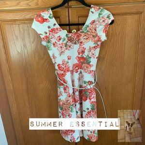 Floral cap sleeve dress size S